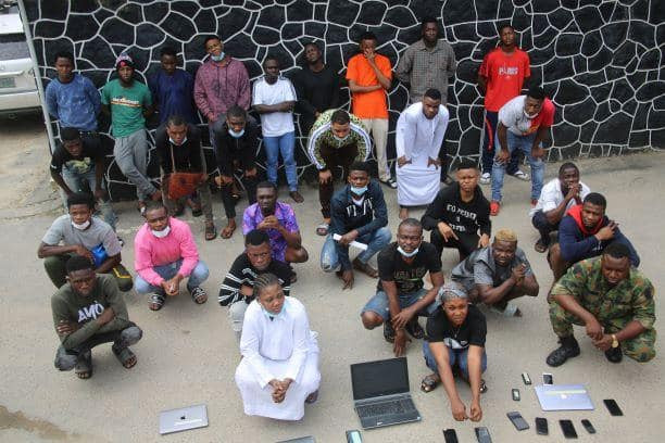 EFCC Arrests Yahoo Soldier And 26 Others For Internet Fraud In Lagos (Photos)